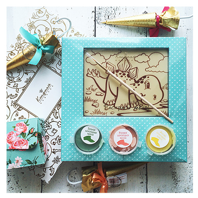 gifts_chocolate_coloring_pages_2.jpg